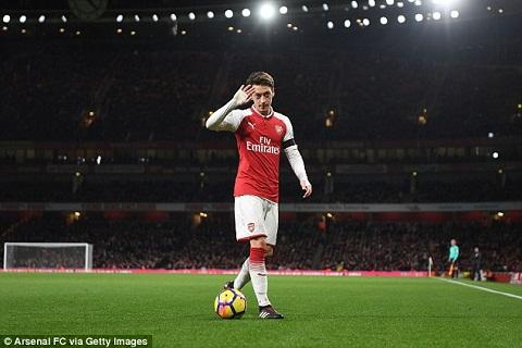 Ozil chuan bi noi loi chia tay Arsenal