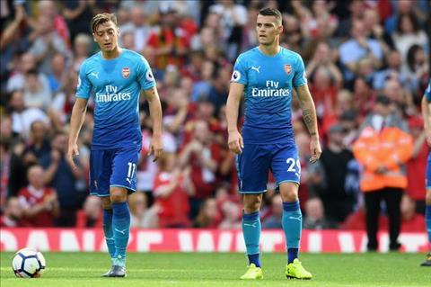 Vieira bay cach giup Arsenal canh tranh tro lai hinh anh