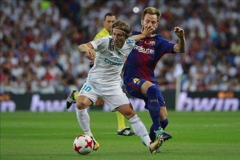 Arsenal mua Modric voi gia khong tuong hinh anh 2
