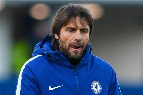 Conte doi tieng noi trong van de chuyen nhuong o Chelsea hinh anh