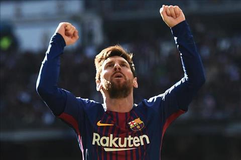 Diem tin sang 2912 Dung noi Messi hay nhat truoc mat Ronaldo hinh anh