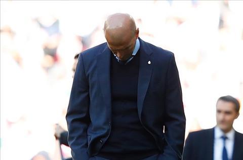 HLV Zinedine Zidane len tieng ve tuong lai hinh anh
