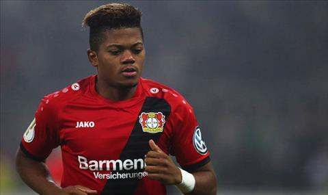 Arsenal va Chelsea dai chien gianh sao chay canh Bundesliga hinh anh