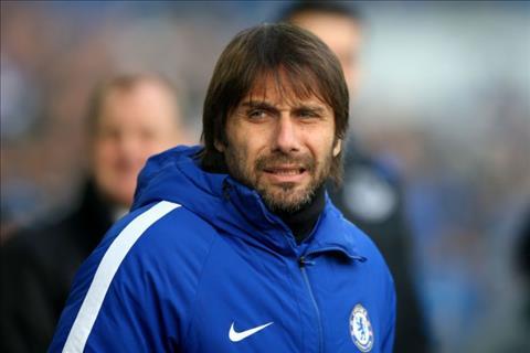 Conte tro thanh muc tieu hang dau cua PSG hinh anh