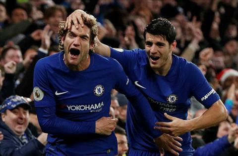 Bo doi Alonso va Morata mang ve niem vui cho Chelsea trong ngay le tang qua. Anh: Reuters.