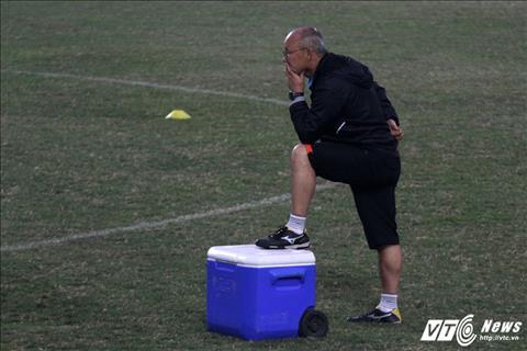 Thay Park van khong an tam ve kha nang phong ngu cua U23 Viet Nam hinh anh