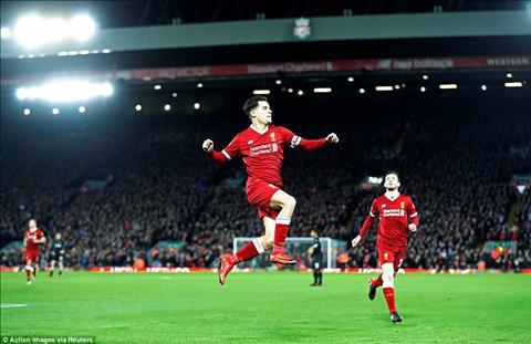 Thay gi tu chien thang tung bung Liverpool 5-0 Swansea hinh anh
