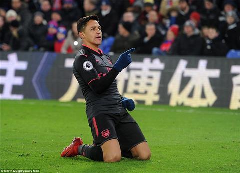 Alexis Sanchez toa sang va noi kho cua Wenger hinh anh