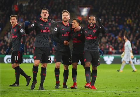 Arsenal thiet lap ky luc moi sau tran thang Palace hinh anh