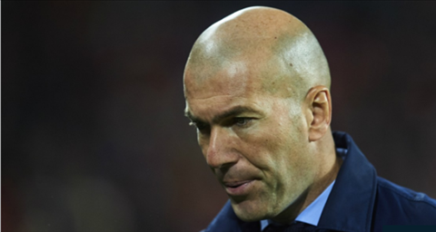 HLV Zinedine Zidane that vong voi cac ngoi sao cua Real hinh anh 2