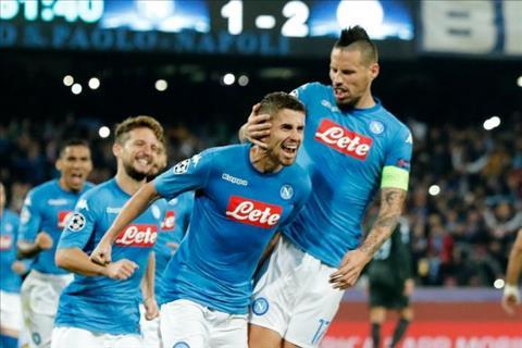 Vừa sang Chelsea, tiền vệ Jorginho tính trở về Italia hình ảnh