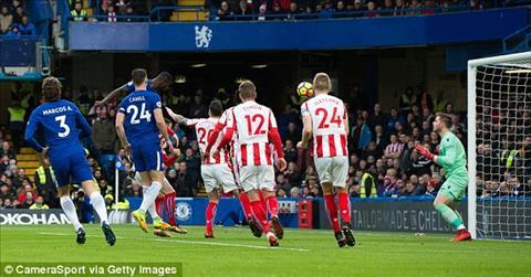 Du am Chelsea 5-0 Stoke Khi phao dai khong the xam pham hinh anh