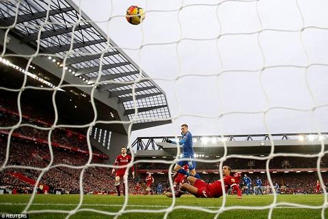 Nhung dieu rut ra sau tran Liverpool 2-1 Leicester hinh anh