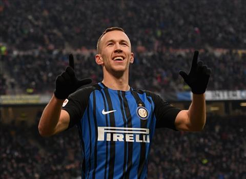 Inter Milan 5-0 Chievo Hattrick cua Perisic dua Nerazzurri len ngoi dau hinh anh