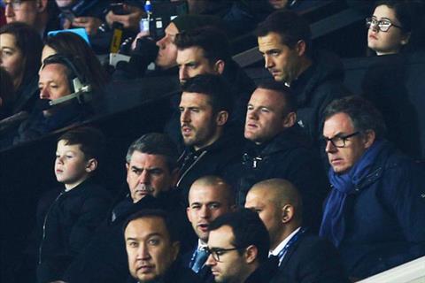 Tien dao Rooney dua con trai tro lai Old Trafford co vu MU hinh anh
