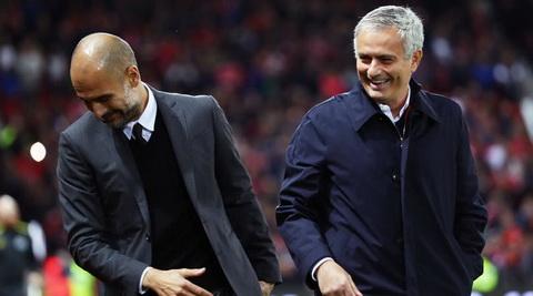 Mourinho va Pep Guardiola se co dip so tai tai derby Manchester.
