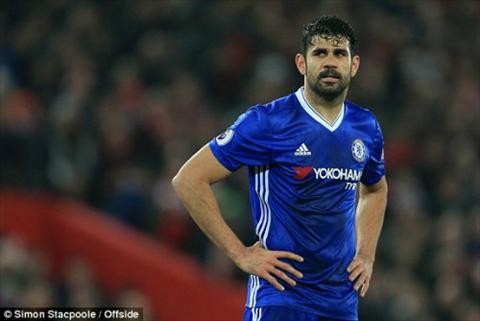 Diego Costa tu tao ra mot qua phat den cho Chelsea nhung cung chinh anh bo lo co hoi ghi ban thuan loi tu cham da phat 11m