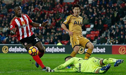 Tong hop Sunderland 0-0 Tottenham (Vong 23 NHA 201617) hinh anh