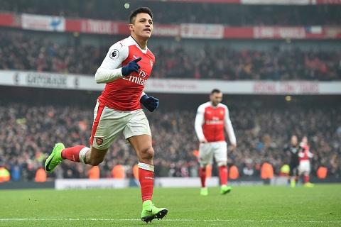 Arsenal nen gia han voi Alexis Sanchez truoc Mesut Ozil hinh anh 2