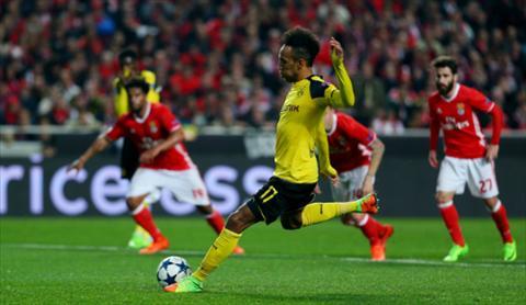 Dortmund vs Benfica (2h45 ngay 93) Aubameyang lap cong chuoc toi hinh anh