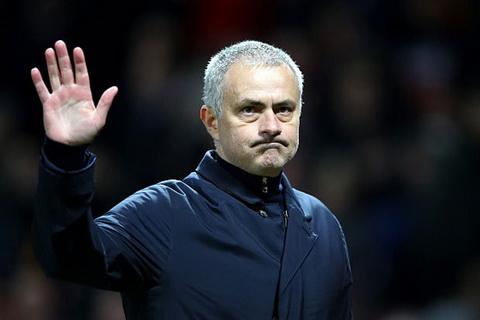 Man Utd dai thang, Mourinho van chi trich hoc tro.