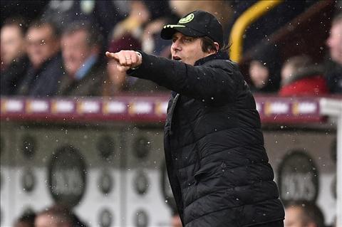 HLV Jose Mourinho len tieng canh bao Conte hinh anh