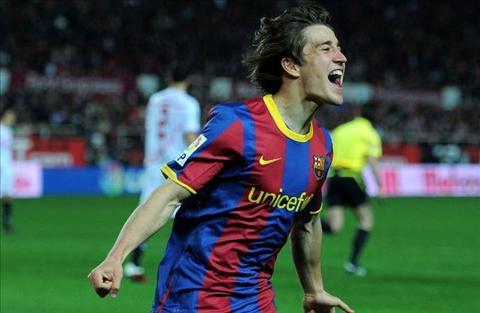 Ai la cau thu tre nhat ghi ban tai Champions League hinh anh 9