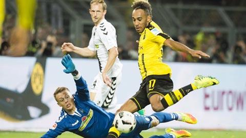 Nhan dinh Freiburg vs Dortmund 21h30 ngay 252 (Bundesliga 201617) hinh anh