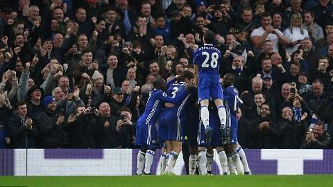 Chelsea san bang ky luc an tuong sau tran thang Swansea hinh anh