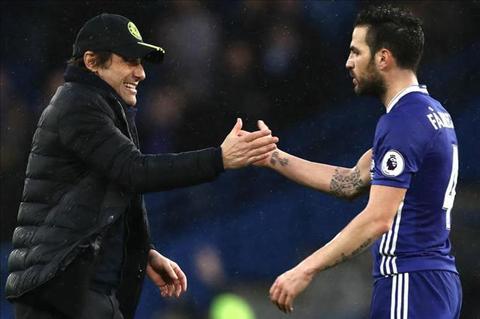 Tu nguoi thua thanh nguoi hung, Fabregas duoc Conte tan duong hinh anh