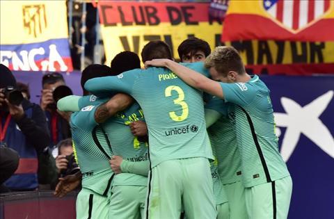 Atletico 1-2 Barca Chien thang vo cam, nhu khuon mat cua Enrique… hinh anh 3