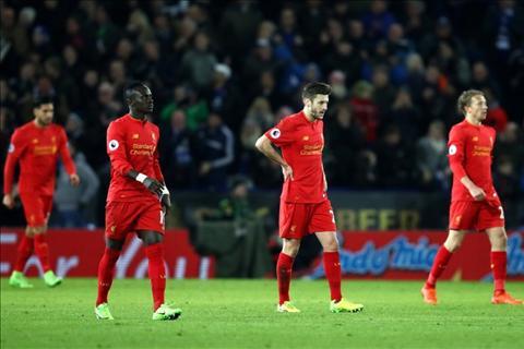 Carragher chi trich Klopp du doi sau tran thua Leicester hinh anh