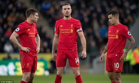 Jan Molby Liverpool se vao Top 4 Premier League hinh anh