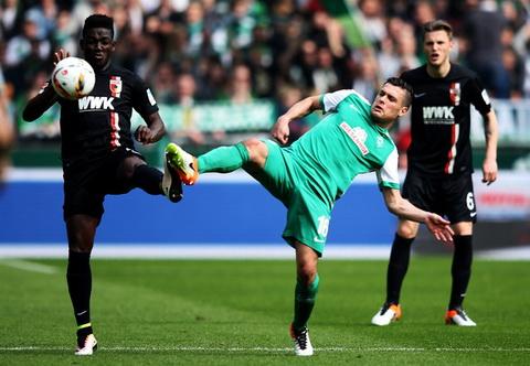 Augsburg vs Bremen 21h20 ngày 12 Bundesliga 201920 hình ảnh