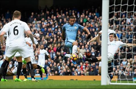 Du am Man City 2-1 Swansea Lai la Gabriel Jesus hinh anh 3