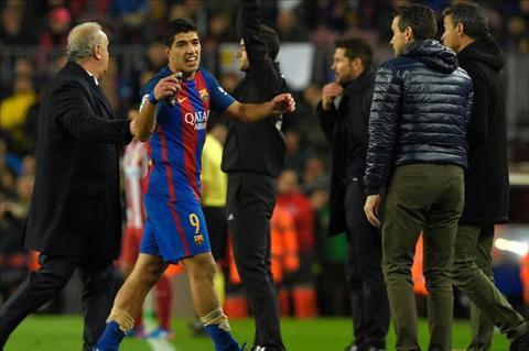 The do cua Suarez la co hoi cho Tien dao Paco Alcacer hinh anh