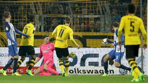 Tong hop Dortmund 1-1 (pen 3-2) Hertha Berlin (Cup QG Duc 201617) hinh anh