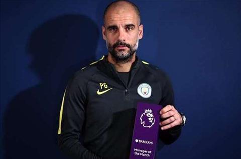 Guardiola lan dau doat giai HLV xuat sac nhat thang tai Premier League hinh anh