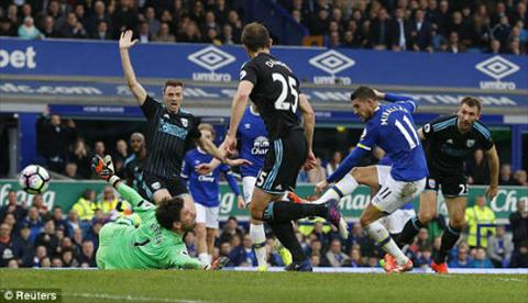 Tong hop Everton 3-0 West Brom (Vong 28 NHA 201617) hinh anh