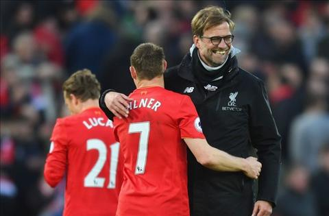 Liverpool 2-1 Burnley Khi The Kop biet thang xau xi hinh anh 3
