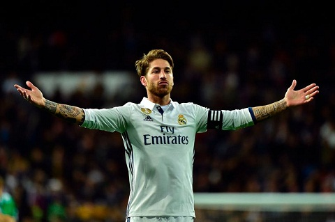 Sergio Ramos va nhung hau ve ghi ban nhieu nhat hinh anh 2