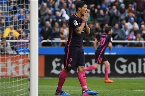 Suarez Tran thua Deportivo la khong the bao chua hinh anh