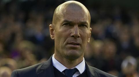 Zidane khen ngoi tinh than cua cac hoc tro sau tran thang Real Madrid vs Betis.