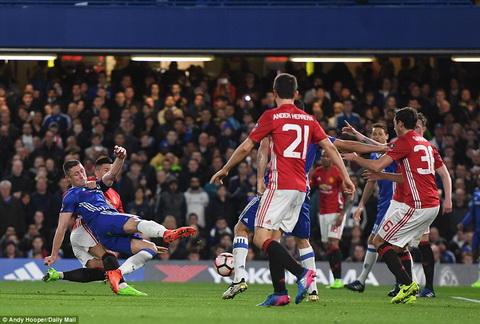 Chelsea 1-0 MU Choi hon nguoi, The Blues le buoc vao ban ket FA Cup hinh anh 3