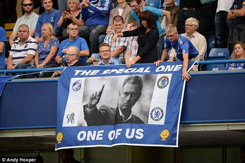 Jose Mourinho tro lai Stamford Bridge Khi nhung tieng Judas vang vong hinh anh