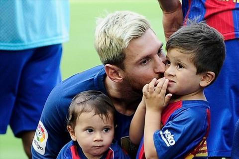 Messi tiet lo su that phu phang ve cau ca Thiago hinh anh 2