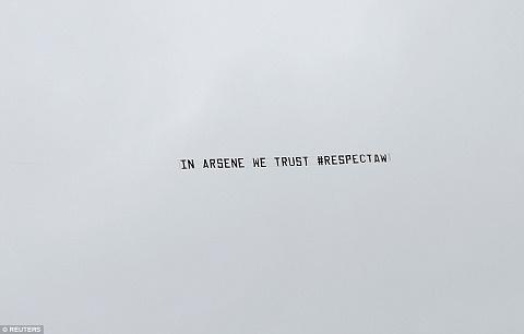 West Brom 3-1 Arsenal Wenger va van hoa ve su ton trong hinh anh 2