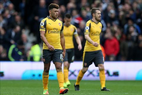 Sau 62 nam, phong do cua Arsenal moi lai te den the hinh anh