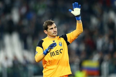 DT Tay Ban Nha trieu tap doi hinh Thanh Casillas mat suat hinh anh