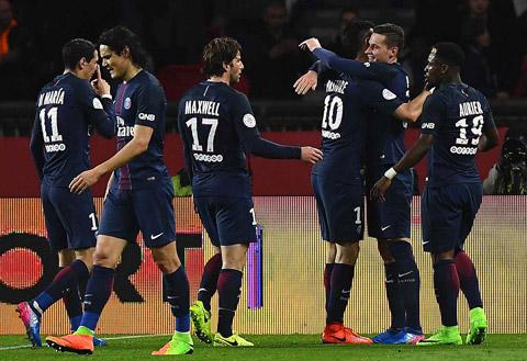 PSG 2-1 Lyon Ban linh cua nha vua hinh anh